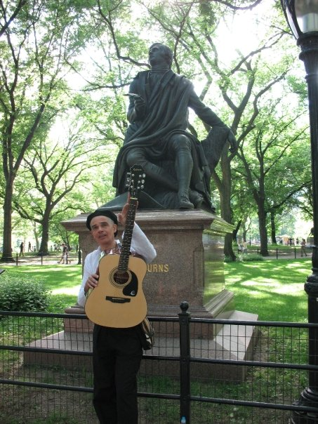 Mike Ogletree Performing At Burns Statue New York 2009